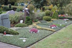 Friedhofsbild_Herbst